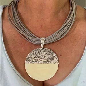 Multi strands with silver/cream drip necklace